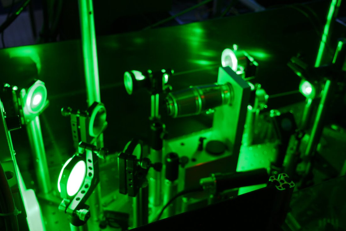 optical laboratory laser